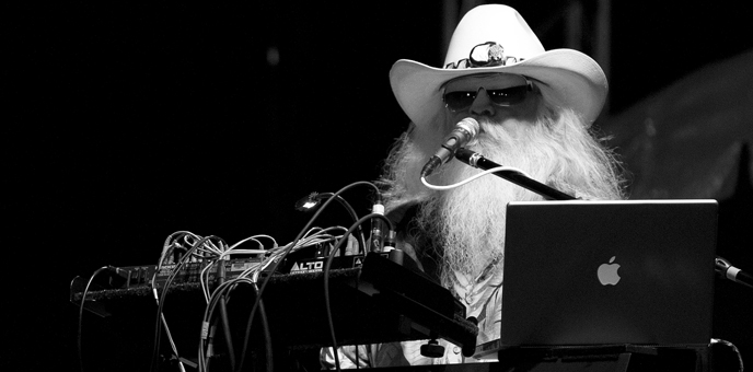 Leon Russell at Gretna Fest 2013. (Photo by G. A. Volb/Shutterjock)